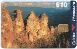 Australia - Telstra (Chip) - Three Sisters Blue Mountains - Exp. 06.2000, 10$, 30.000ex, Used - Australië