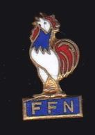 66386- Pin's.Coq.La Fédération Française De Natation - Nuoto
