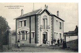 LA COUTURE BOUSSET (Eure) - Le Bureau De Poste - Francia