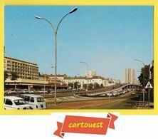 CPSM CHALON SUR SAONE 71 ♥♥☺♣♣ Ses Nouveaux Quartiers : Supermarché Casino   ֎ 4 L Renault - Esso ♦♦☺♣♣ Peu Commune - Chalon Sur Saone