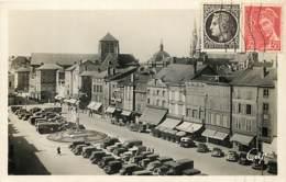 51 - Chalons Sur Marne - La Place De La République - Animée - Automobiles - Correspondance - CPA - Voir Scans Recto-Vers - Châlons-sur-Marne