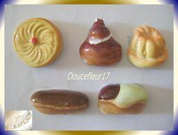 Clamecy ... Délices Du Pâtissier ... Série De 5 Fèves ... Ref AFF : 55-2003 - Olds
