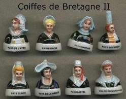 Serie Complete De 8 Feves Coiffes De Bretagne II - Regiones
