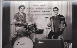 Photographie Carte Photo Musique Et Musicien  Plouisy  Carte Publicitaire Orchestre Marcel Mehu  Accordéon Ref 1228 - Musik Und Musikanten