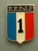 Pin's PETANQUE - F.F.P.J.P - Boule/Pétanque