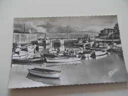 CHARENTE MARITIME - Ile D'OLERON - N°52 - Port - Circulé 1964 - Ile D'Oléron