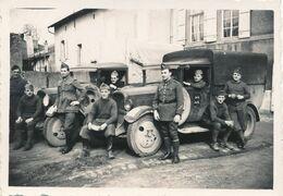 Photo Originale : VI Militaire - Armée Française - Camion Avec Blason De La Normandie Sur La Porte (BP) (6 Cm X 8 Cm) - Krieg, Militär