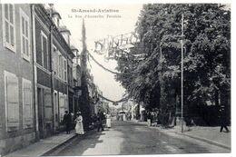 18 - ST-AMAND-AVIATION - La Rue D'Austerlitz Pavoisée - Saint-Amand-Montrond