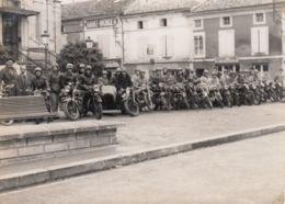 Photo - Moto - Rassemblement De Motos Et Side-car - Non Située, Non Datée - Photos