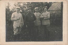 Guerre 1914 1918 Cpa Carte Photo Photographie Groupe Militaire Soldat Soldats Militaires 77e Regiment Medaille - Guerra 1914-18