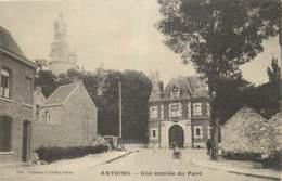 Antoing - Une Entrée Du Parc - Antoing