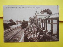 Pontorson , Gare  , Express De Paris - Pontorson