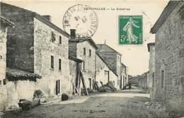 63 , SEYCHALLES , La Grande Rue , * 327 75 - Otros Municipios