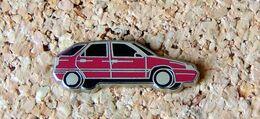 Pin's CITROËN ZX 5p Rouge - émail - Fabricant STARPIN'S - Citroën