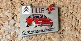 Pin's CITROËN Concession De LILLE - Métal Chromé émail - Fabricant 20.53.18.30 - Citroën