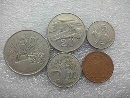 Zimbabwe  1 - 50 Cents , 1980... - Zimbabwe