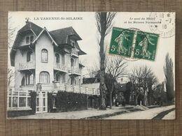 LA VARENNE ST HILAIRE Le Quai Du Mesnil Et Les Maisons Normandes - Otros Municipios