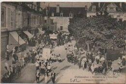 EURE ET LOIR-Chateaudun-Procession De La Fête Dieu, Pl Du 18 Octobre - - Chateaudun