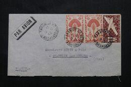 MADAGASCAR - Enveloppe Commerciale De Tananarive Pour La France En 1945 - L 69723 - Covers & Documents