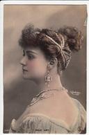CPA FANTAISIE - Joli Portrait De Femme Artiste Maud AMY -  Bijoux Perles Coiffure - REUTLINGER - Artistes CPA FANTAISIE - Künstler
