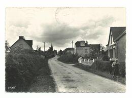 TREBRIVAN / ROUTE DE MAEL-CARHAIX    / Année 1950/60 - Cp  ECRITE - Frankreich