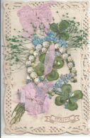 CARTE DENTELLE .  1e AVRIL DECOUPIS CHROMO . COURONNE DE MUGUET .. TREFLES A 4 FEUILLES .. RUBAN .. 1909 - 1er Avril - Poisson D'avril