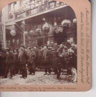 READING THE WAR NEWS IN CHINATOWN SAN FRANCISCO  9*9CM Fonds Victor FORBIN 1864-1947 - Sin Clasificación