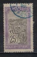 MADAGASCAR        N°  YVERT :    134   ( 2 )  OBLITERE       ( OB 8 / 45 ) - Usados
