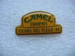 Pin's Camel Trophy En Espagne à Tierra Del Fuego 98 (Terre De Feu En Espagnol) Le Dernier! - Rallye