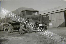 Camion Militaire Willeme Soldat Entretien Mécanique Caserne Oran Algérie ? NEGATIF PHOTO 24x36 Original 35mm 1/3 - Automobile
