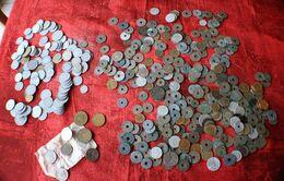 MONEY VRAC 1 KILOGRAMME DE PIÈCES DE MONNAIE ANNÉES 20/40-- BULK 1 KILOGRAM OF 20/40 YEARS COINS - Mezclas - Monedas