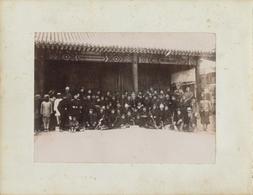 Photo China, Ca 1901, Boxeraufstand, Japanische Und Europäische Soldaten, Gruppenbild - Cartes Postales