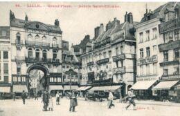 N°3019 R -cpa Lille -grand'mace -débris Saint Etienne- - Lille