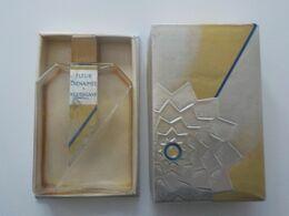 Ancien Flacon Parfum Parfumerie Houbigant Fleur  Bienaimée Dans Boîte D' Origine - Miniatures (avec Boite)
