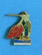 1 PIN'S //  ** ADIA INTÉRIM / FÉRIA NÎMES '91 ** . (Arthus Bertrand Paris) - Corrida