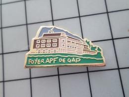 1015a Pins Pin's / Rare & Belle Qualité THEME ASSOCIATIONS / FOYER APF DE GAP - Associations