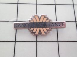1019 Pins Pin's / Rare & Belle Qualité THEME BANQUES / BANQUE DE FRANCE - Banken