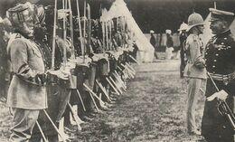 CPA THEME : GUERRE DE 1914 / 1918 / LORD KITCHENER PASSE LES TROUPES INDIENNES EN REVUE / TOP PLAN - War 1914-18