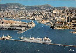 ¤¤  -  MARSEILLE   -  Le Vieux Port Et La Pointe Du Pharo   -  Cargo à Quai      -   ¤¤ - Vecchio Porto (Vieux-Port), Saint Victor, Le Panier