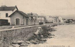 13  LA CIOTAT La Gare Et Le Boulevard De La Tasse Avec Train. - La Ciotat
