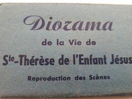 LISIEUX DIORAMA SAINTE THERESE ENFANT JESUS 13 VUES CARNET POCHETTE DEPLIANT PETIT FORMAT 10X6 - Lisieux