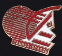 66523- Pin's-Banque Caisse D'epargne.Grasse.Cannes. - Banken