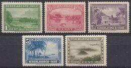 Nederlands Indie 1945 NVPH Nr 304/308 Postfris/MNH Verschillende Voorstellingen - Niederländisch-Indien