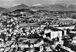 ANNEMASSE - Vue Générale Aérienne - Dans Le Fond Le Môle Et Le Mont Blanc - Annemasse