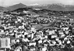 ANNEMASSE - Vue Générale - Dans Le Fond Le Môle, Le Mont Blanc Et La Chaîne Des Aravis - Annemasse