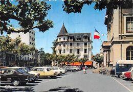 ANNEMASSE - Place De L'Hôtel De Ville - Automobiles - DS Citroën - Tirage D'éditeur - Annemasse