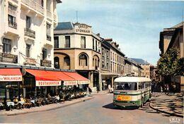 ANNEMASSE - Rue De La Gare - Autobus Chausson - Crédit Lyonnais - Bar-Restaurant La Centrale - Teinturerie Kunz - Annemasse
