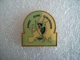 Pin's Année Jeune Européenne 1992 - Tir à L'arc - Tiro Con L'Arco