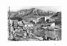 Cpa Environs De MARSEILLE La Madrague - Les Pecheurs Dans Le Port - Altri