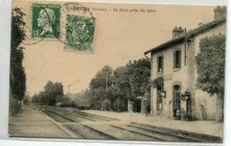 45 DOUCHY Plutot Rare  La Gare Des Voyageurs Prise Du Quai Femme Et Enfants  Voies Chemin De Fer  1926 Timb    D14 2020 - Frankreich